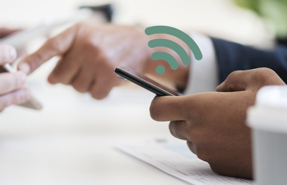 Smartphone et logo wifi